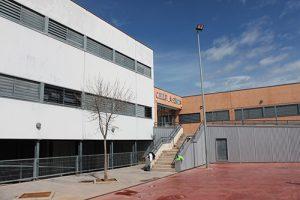 El Ayuntamiento de Cabanillas habilita duchas y agua en el Polideportivo del Colegio La Senda para los afectados por las tuberías congeladas