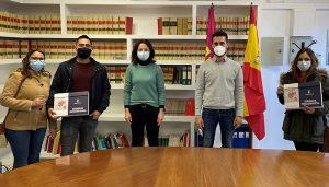 El Gobierno regional entrega dos viviendas de protección oficial en el municipio de El Pedernoso