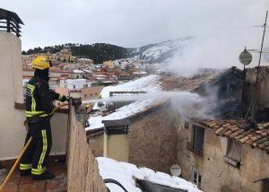 En torno a 15 horas duró la intervención de los Bomberos del Ayuntamiento de Cuenca en el incendio en las inmediaciones del Almudí