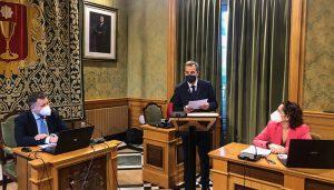 Jesús Alberto Pontones toma posesión como concejal en el Ayuntamiento de Cuenca