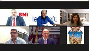 El alcalde se reúne con los dos grupos de empresarios de BNI en Guadalajara