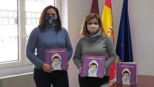El Gobierno regional distribuirá entre los centros educativos de la provincia de Cuenca 250 unidades de ´El Chubasquero de Aurora´