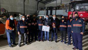 El Gobierno regional entrega una bomba eléctrica para inundaciones a la Agrupación de Protección Civil de Las Valeras