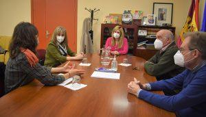 El Gobierno regional traslada a Caritas su compromiso de seguir trabajando en la protección y ayuda a los más vulnerables en Cuenca
