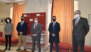 La UCLM agradece al Consejo de Representantes de Estudiantes su aportación de 20.000 euros para ayudas a alumnos en situaciones especiales