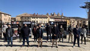 ´El Paseo de los Artesanos´ recala en la plaza de San Francisco de Molina de Aragón para acercar la artesanía hecha en Castilla-La Mancha