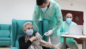 ANPE se muestra satisfecho con el inicio de la vacunación del profesorado pero pide que se habiliten más puntos de vacunación