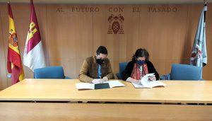 El Ayuntamiento de Brihuega firma un convenio con la Universidad de Alcalá de Henares para materializar los proyectos tractores para el municipio