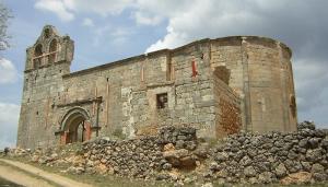 Inician una recogida de firmas para salvar la iglesia templaria abandonada de la Asunción en Villaescusa en Guadalajara