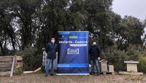 Invierte en Cuenca visita el proyecto de apicultores de Noheda instalado en Villar de Domingo García