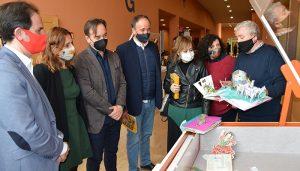 La Biblioteca General del Campus de Cuenca acoge la exposición 'La magia de los libros pop-up'