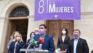 La Diputación de Cuenca acoge el acto institucional para reclamar una igualdad real entre hombres y mujeres