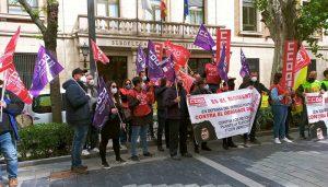 Delegados y delegadas de UGT y CCOO de Correos en Guadalajara denuncian el desguace de la mayor empresa pública del país