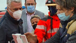 Doce operarios y 18 bomberos de la Diputación de Guadalajara trabajan para devolver la normalidad a El Casar tras las intensas lluvias