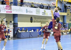 El empuje del Quabit no consigue salvar los dos puntos en casa ante el Valladolid
