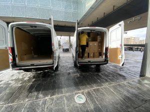El Gobierno regional ha distribuido casi 400.000 artículos de protección para profesionales sanitarios en la última semana