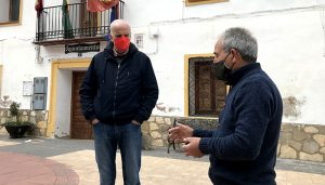 El subdelegado del Gobierno en Cuenca visita Huélamo y conoce las actuaciones del Camino Natural del Júcar