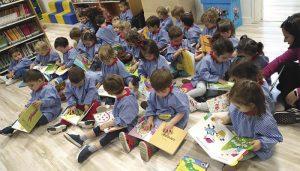 La Biblioteca León Gil programa tres sesiones especiales de la Bebeteca, para los días 15 de abril y 13 y 27 de mayo