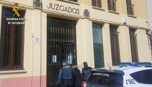 La Guardia Civil detiene a una persona en Sigüenza por intentar retirar del banco 2.000 euros con el dni de otra persona