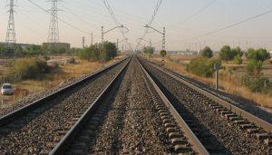 Adif adjudica obras de mejora en la catenaria en el trayecto Madrid Atocha-Guadalajara