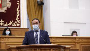 Benjamín Prieto, en el Pleno de las Cortes Regionales