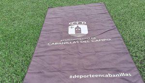 El Ayuntamiento de Cabanillas premia la fidelidad al Programa de Fitness con «la toalla del verano»