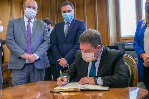 """Page se felicita por el consenso alcanzado por todas las instituciones para que en Cuenca """"se estén moviendo muchas cosas"""""""