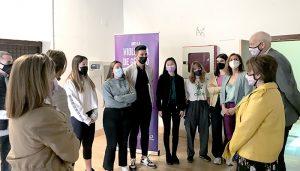 La exposición itinerante 'No más violencia' llega a la Escuela Cruz Novillo
