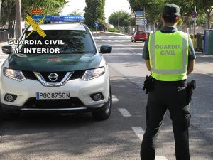La Guardia Civil de Cuenca investiga a un joven de 15 años tras tener un accidente con un ciclomotor