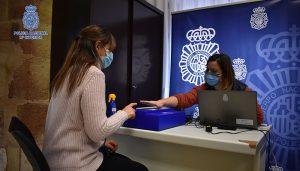 La Policía Nacional potencia el servicio de DNI móvil en Guadalajara ampliando un nuevo núcleo de cobertura en Azuqueca de Henares