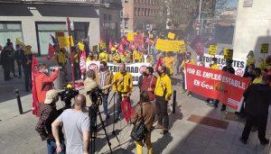 Los trabajadores de Geacam se echan a la calle en Guadalajara y denuncian que la empresa echa más leña al fuego