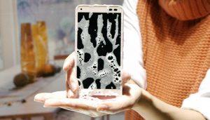 Cinco consejos para proteger el smartphone en verano