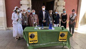 Dolz anima a los conquenses a colaborar con la Asociación Española contra el Cáncer