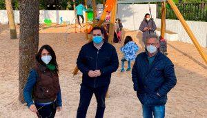 El Ayuntamiento de Huete renovará los parques infantiles del municipio y estrena el de Caracenilla