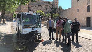 El II Plan de Limpieza Intensiva de Cuenca se inicia en el barrio del Castillo con 12 efectivos extras y tres vehículos