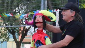 El verano cultural de Cabanillas arranca con mucho público en el estreno del «Titirinillas»
