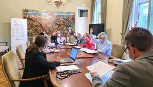 La Diputación de Guadalajara aprueba destinar 300.000 euros a construir infraestructuras agrarias de uso común