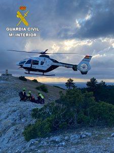 La Guardia Civil rescata una senderista accidentada en el Cerro de San Felipe