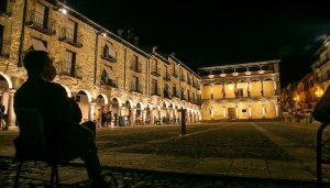 La Plaza Mayor de Sigüenza estrena iluminación
