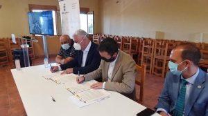 El Gobierno regional y la Diputación de Guadalajara mejorarán 28 pistas de unos 247 kilómetros de longitud
