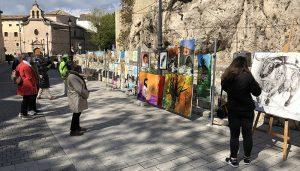 El Paseo del Arte de Cuenca cumple su primer aniversario y lo celebra con teatro y un taller infantil de pintura