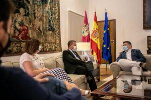 Monforte transmite al presidente regional el plan de trabajo de UGT CLM para los próximos años