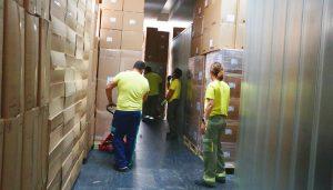 La Junta ha enviado esta semana una nueva remesa con más de 225.000 artículos de protección a los centros sanitarios