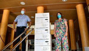 La Subdelegación del Gobierno en Cuenca inicia el reparto de 90.000 mascarillas quirúrgicas para distribuir entre entidades locales y entidades sociales