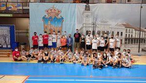 Un total de 45 niñas y niños de Guadalajara participan en el Campus Gigantes de baloncesto que se está celebrando en el Palacio Multiusos