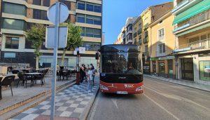Unas 1.150 personas utilizan las lanzaderas al Casco Antiguo de Cuenca el primer fin de semana de servicio