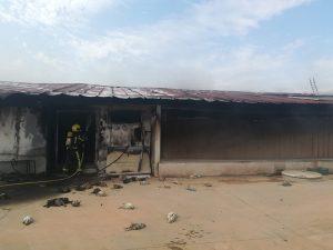 Cerca de 40.000 pollos mueren tras incendiarse una nave de cría en Villanueva de la Jara