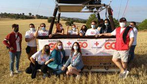 Cruz Roja Cuenca hace un viaje en globo con doce a jóvenes para visibilizar lo alto que puedes llegar si te lo propones
