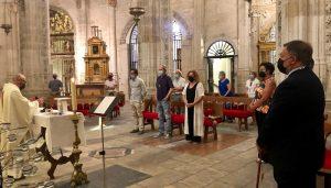 Dolz asiste a la misa en honor a San Julián, dentro del programa de las fiestas en honor al segundo Obispo de Cuenca y patrón de la ciudad