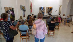 La Fundación Antonio Pérez ha acogido este miércoles la presentación del nuevo poemario del autor Carlos Torrero
